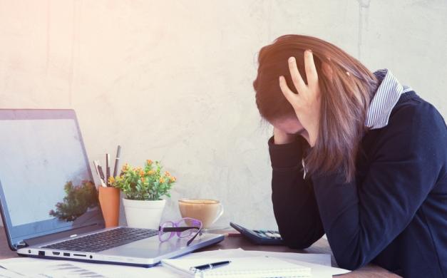 ¿Qué hacer ante el acoso laboral entre compañeros?